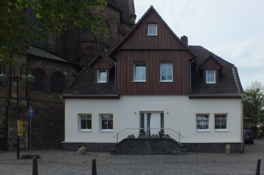 Fassadendämmung unter energetischen Gesichtpunkten in Holz